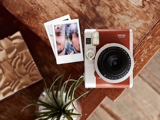 instax aparate instant